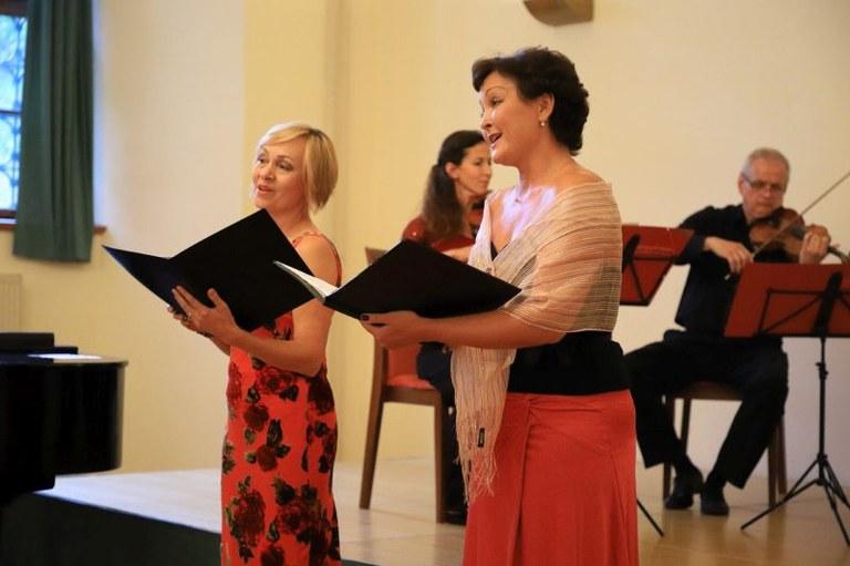 Michaela Šrůmová (vpravo) s Dagmar Williams